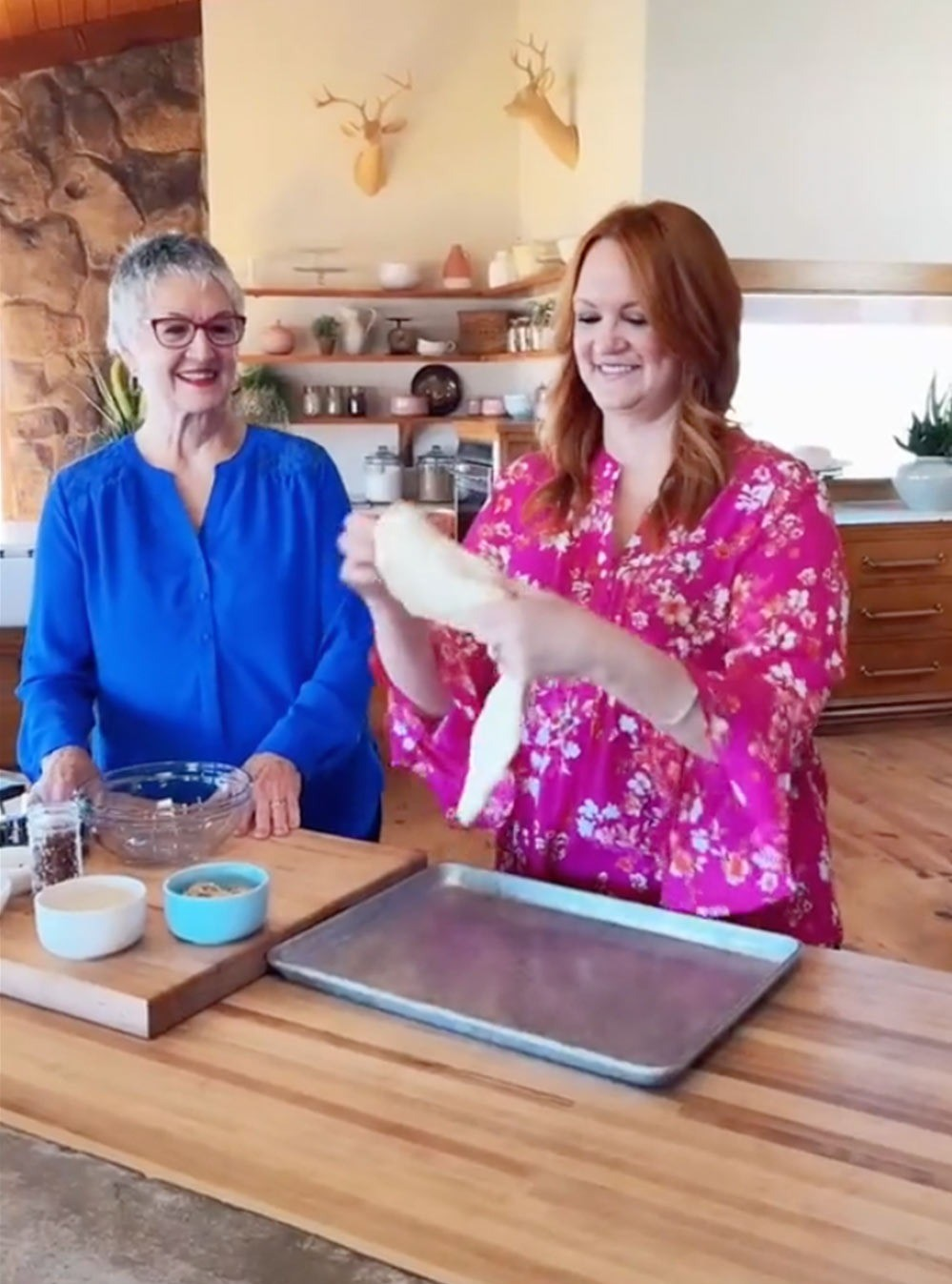 Ree Drummond Brings Her Mom to the Ranch for Special Pioneer Woman Shoot: 'We Had a Blast'